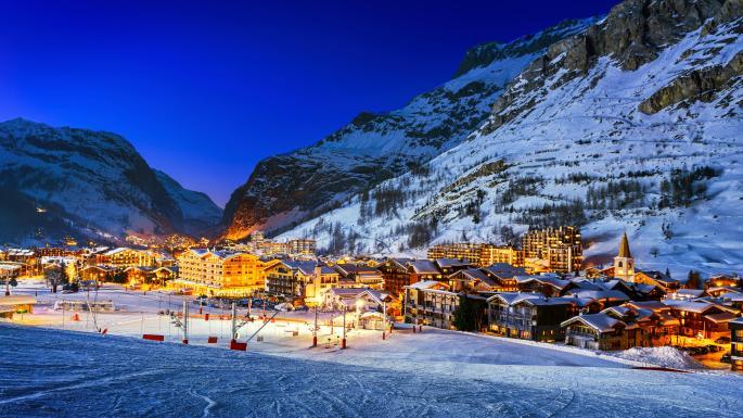Khu trượt tuyết trên dãy Alps vắng bóng khách vì biến đổi khí hậu (16/12/2019)