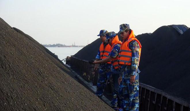 THỜI SỰ 21H30 ĐÊM 13/12/2019: Bộ Tư lệnh Vùng Cảnh sát biển 1 tạm giữ 3.000 tấn than không rõ nguồn gốc.
