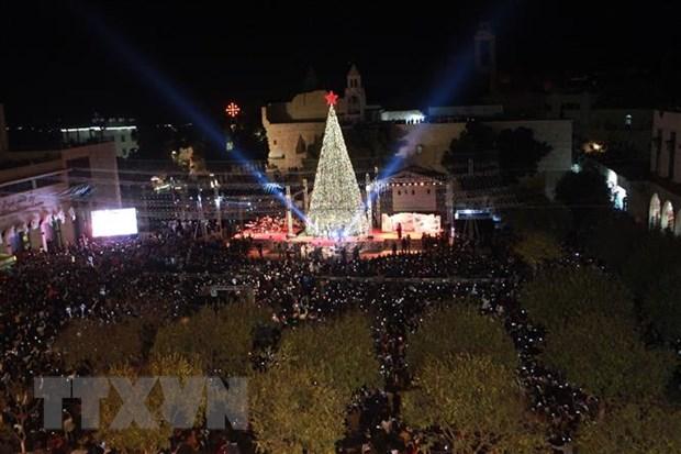 Hàng nghìn người đổ về thành phố Bethlehem để ăn mừng Giáng sinh (25/12/2019)