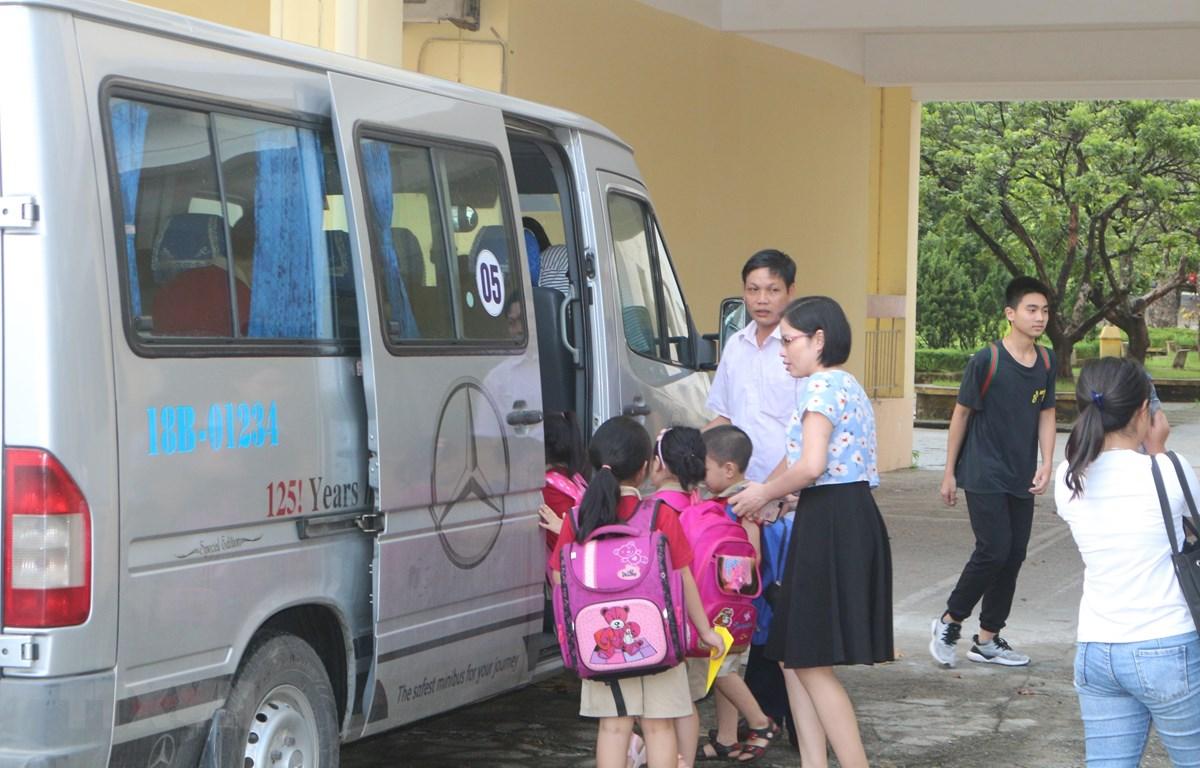 THỜI SỰ 21H30 ĐÊM 6/12/2019: Bộ Giáo dục và Đào tạo đề nghị các Sở Giáo dục và Đào tạo rà soát việc sử dụng dịch vụ đưa đón học sinh bằng xe ô tô.