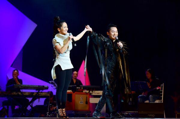 Năm mới Kỷ Hợi 2019: Trò chuyện với ca sỹ Hồng Nhung và Tùng Dương (5/2/2019)