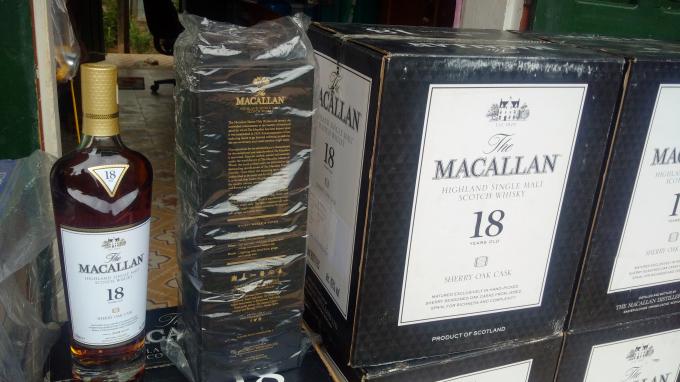 Quảng Trị: Bắt giữ lô hàng rượu ngoại nhập lậu có giá trị lớn (1/2/2019)