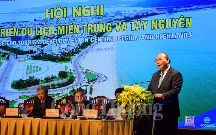 Du lịch miền Trung - Tây Nguyên: Các cơ chế, chính sách, giải pháp đột phá để phát triển lĩnh vực mũi nhọn của khu vực này (Thời sự chiều 16/2/2019)