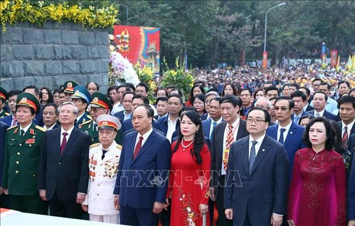 Thủ tướng Nguyễn Xuân Phúc dâng hương tại Lễ hội kỷ niệm 230 năm Chiến thắng Ngọc Hồi – Đống Đa (Thời sự trưa 9/2/2019)