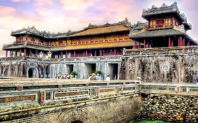 Làm gì để du lịch miền Trung và Tây Nguyên phát triển xứng tầm với vùng đất giàu tiềm năng? (18/2/2019)