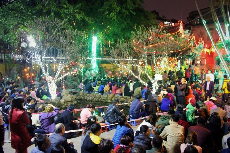 Văn hóa lễ chùa và đi du xuân, lễ hội đầu năm: Có phải cứ đi nhiều chùa, nhiều lễ hội là được nhiều lộc, nhiều may mắn? (16/2/2019)