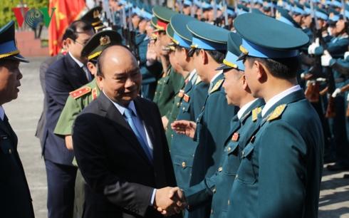 Thủ tướng Nguyễn Xuân Phúc thăm và chúc Tết Sư đoàn Không quân 372, Quân chủng Phòng không Không quân (Thời sự chiều 4/2/2019)