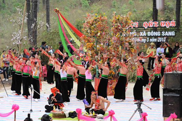 Hết Chá: Lễ hội mang đậm nét văn hóa tâm linh của người Thái trắng Mộc Châu, Sơn La (29/3/2019)