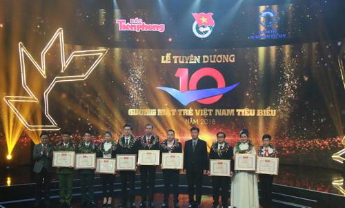 10 gương mặt trẻ Việt Nam tiêu biểu trên mọi lĩnh vực năm 2018 được tuyên dương và trao thưởng (Thời sự sáng 20/3/2019)