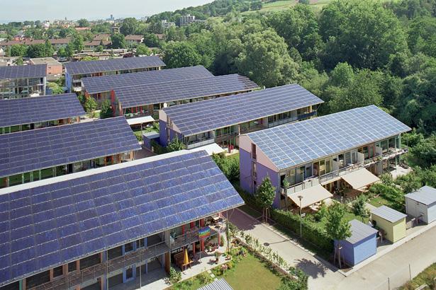 Thủ tướng Chính phủ phê duyệt chương trình Quốc gia về sử dụng năng lượng tiết kiệm và hiệu quả (Thời sự đêm 18/3/2019)