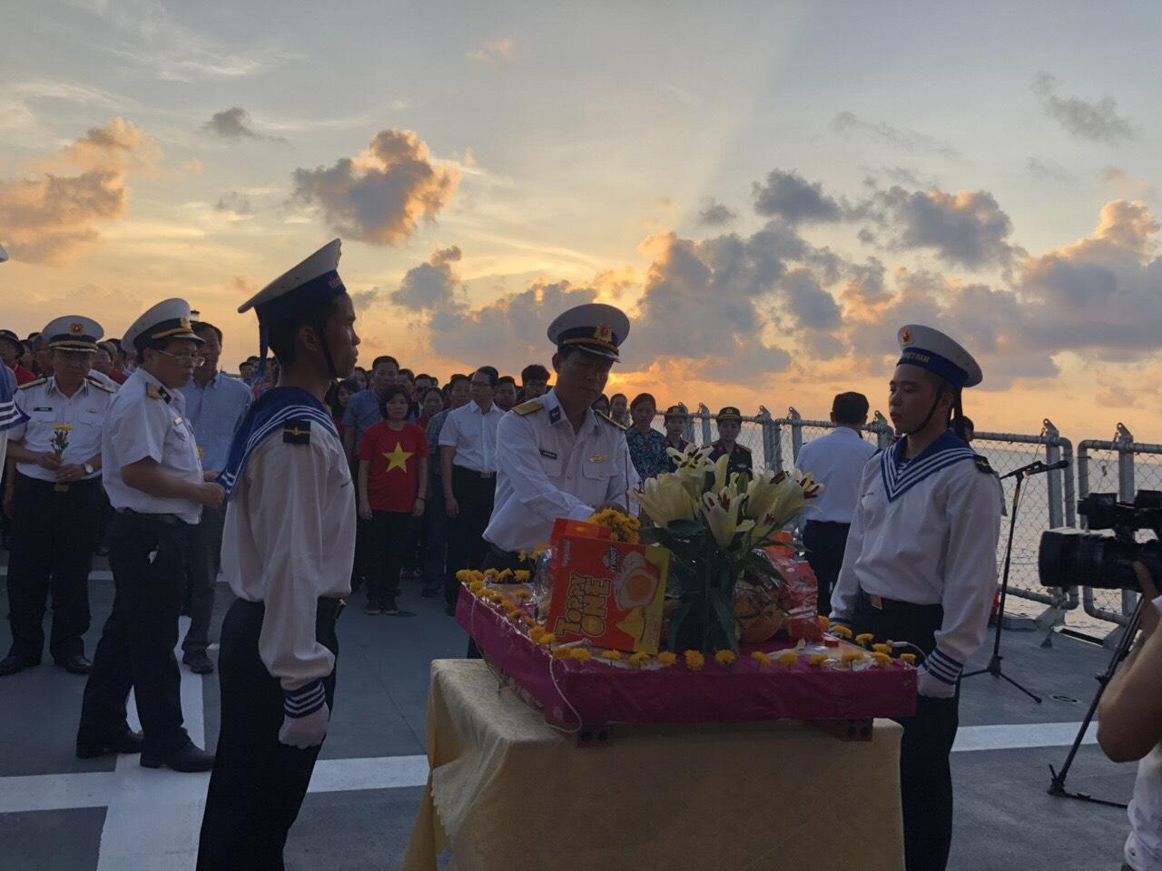 Lễ tưởng niệm đặc biệt trên biển (14/3/2019)