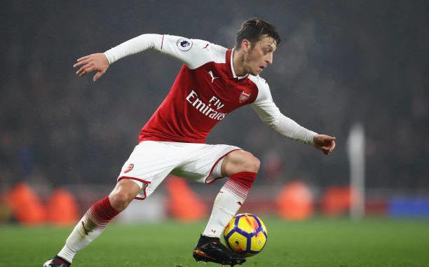 Cậu bé Kenya đam mê bóng đá và câu chuyện truyền cảm hứng của ngôi sao Mesut Ozil (19/3/2019)