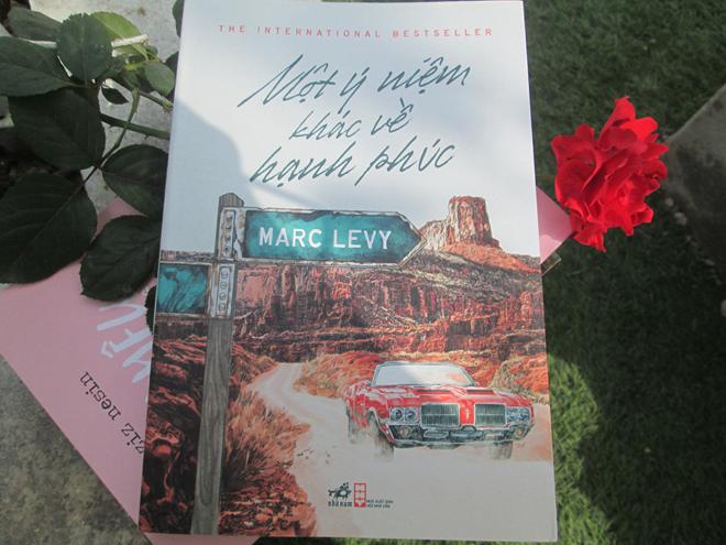 """Cảm nhận về cuốn sách """"Một ý niệm khác về hạnh phúc"""" của nhà văn Marc Levy (20/3/2019)"""
