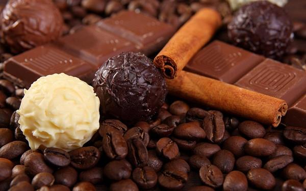 Cốt Đi-voa sản xuất socola hữu cơ từ việc đạp xe bảo vệ môi trường (20/3/2019)