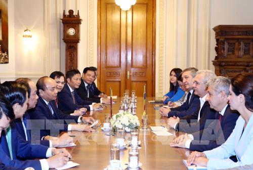 Thủ tướng Nguyễn Xuân Phúc kết thúc tốt đẹp chuyến thăm Romania, lên đường thăm chính thức Cộng hòa Séc (Thời sự chiều 16/4/2019)