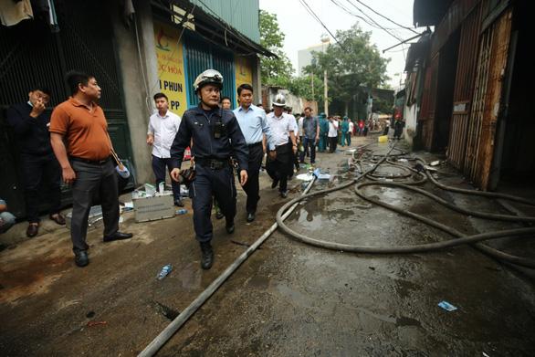 Vụ hỏa hoạn nghiêm trọng xảy ra sớm nay tại khu nhà xưởng ở phường Trung Văn, quận Nam Từ Liêm, thành phố Hà Nội: công tác phòng cháy, chữa cháy chưa được quan tâm đúng mức (12/4/2019)