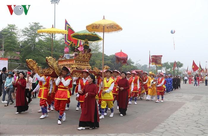 Hôm nay khai hội Giỗ tổ Hùng Vương - Lễ hội Đền Hùng năm 2019 (Thời sự sáng 12/4/2019)