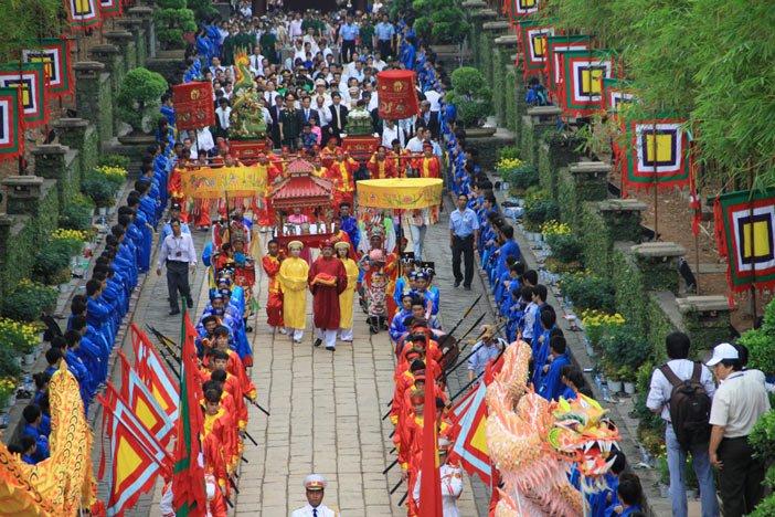 Đến Phú Thọ, cùng tìm hiểu tín ngưỡng thờ cúng Hùng Vương (12/4/2019)