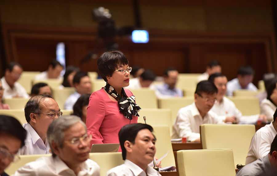 Đại biểu quốc hội đóng góp ý kiến vào Dự án luật kiến trúc (1/4/2019)