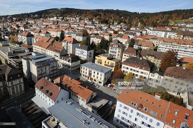Ghé thăm ngôi làng chế tác đồng hồ nổi tiếng tại Thụy Sĩ (20/4/2019)