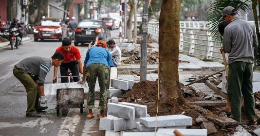 Gần 300 tuyến phố ở Hà Nội sẽ cải tạo vỉa hè: Thực hiện thế nào cho tiết kiệm, hiệu quả? (15/4/2019)