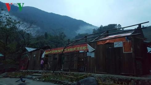 Giông lốc gây nhiều thiệt hại tại các tỉnh miền núi phía Bắc. (Thời sự sáng 9/4/2019)