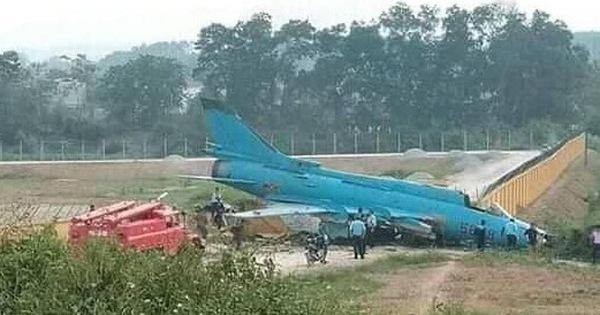 Bộ Quốc phòng thông tin về sự cố máy bay Su22, khi bay huấn luyện tại Yên Bái (Thời sự đêm 23/4/2019)