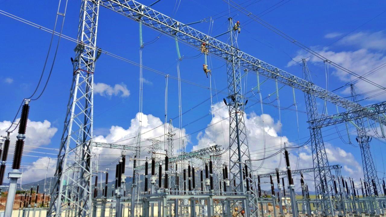 Nhà máy điện mặt trời BIM 3 tại Ninh Thuận chính thức đóng điện vào lưới điện quốc gia (Thời sự đêm 18/4/2019)