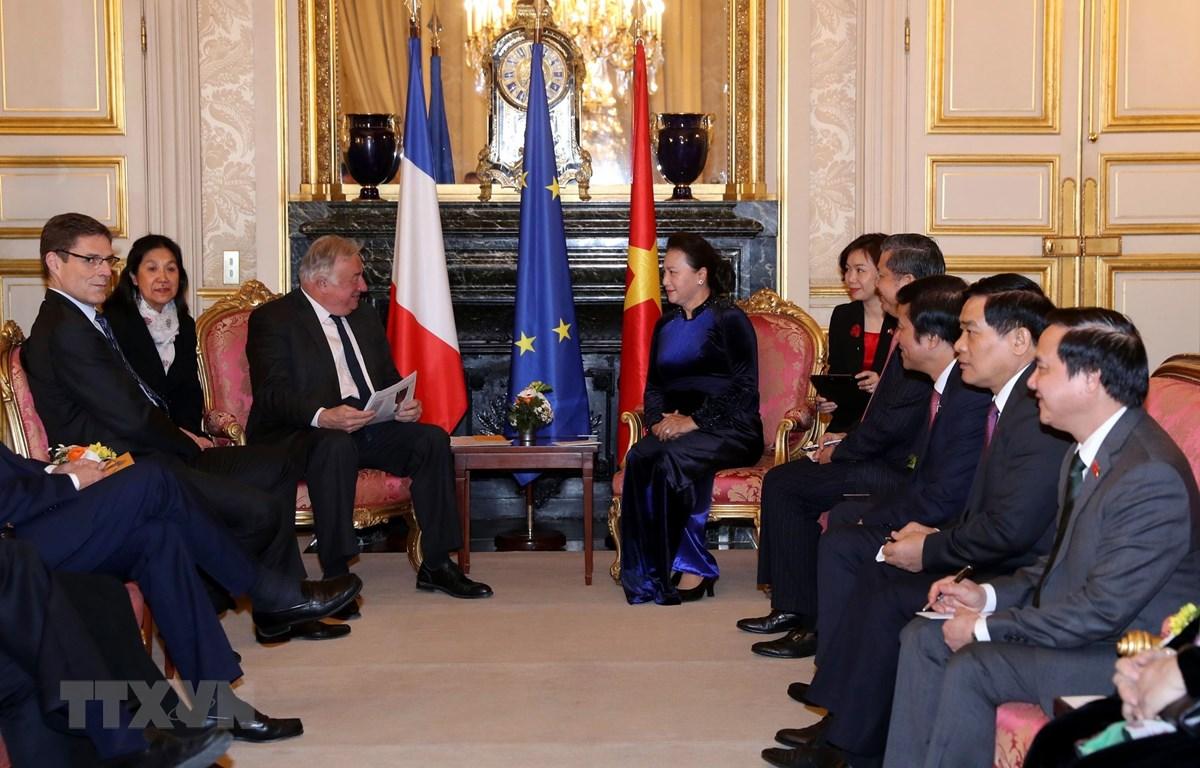 Pháp và Việt Nam hướng tới hợp tác thực chất hơn giữa các địa phương (8/4/2019)