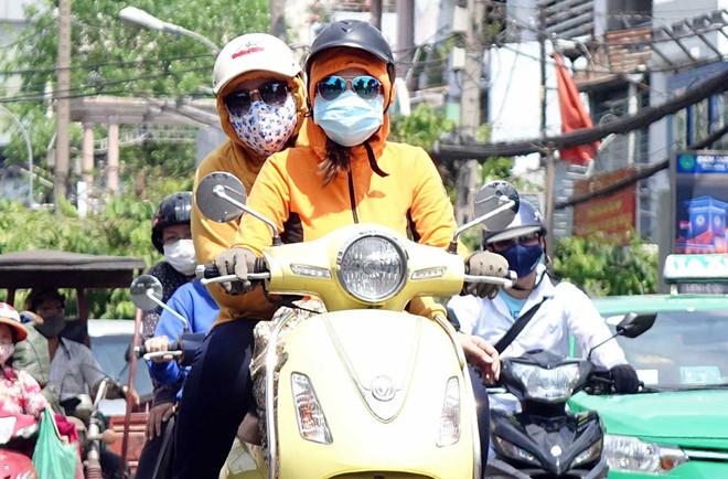Cảnh báo những nguy cơ liên quan đến sức khỏe do nắng nóng (27/4/2019)
