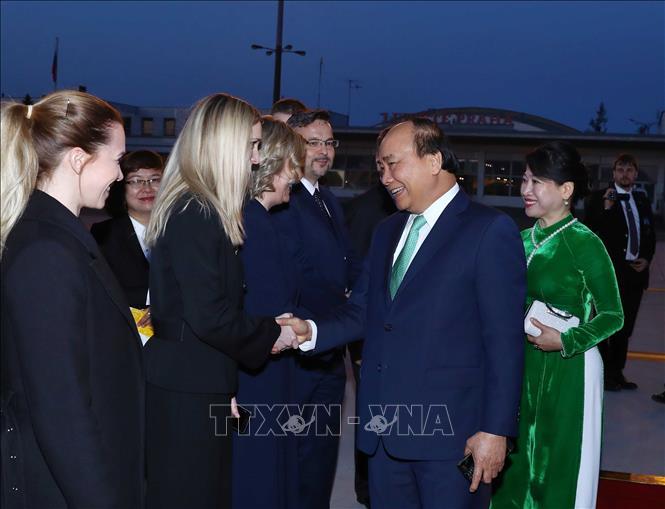 Thủ tướng Nguyễn Xuân Phúc kết thúc tốt đẹp chuyến thăm chính thức cộng hòa Séc (Thời sự sáng 18/4/2019)