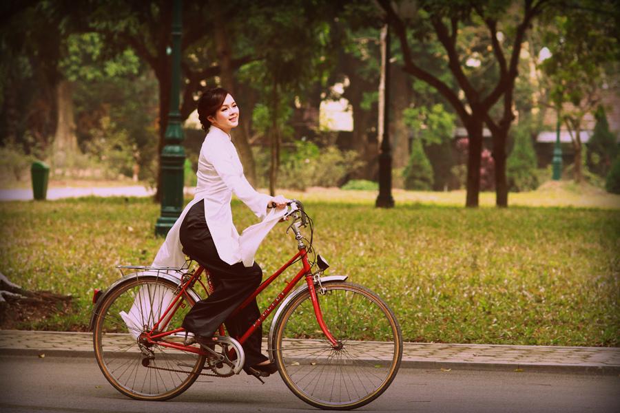 Đi xe đạp và trở về với lối sống xanh (13/5/2019)