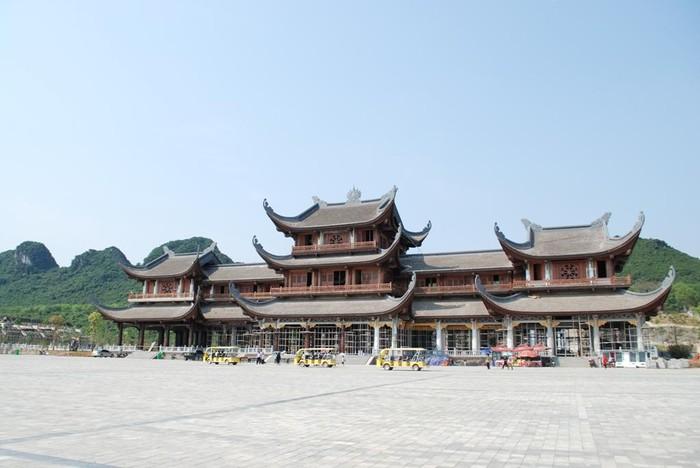 Giới thiệu quần thể Tam Chúc và chùa cổ Tam Chúc, nơi sẽ diễn ra Đại lễ Phật đản Vesak 2019 (10/5/2019)