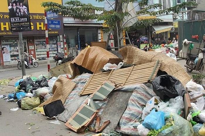 Việc phát huy những kết quả tích cực ban đầu trong việc xử lí triệt để nạn xả rác bừa bãi tại các tỉnh, thành phố lớn (13/5/2019)