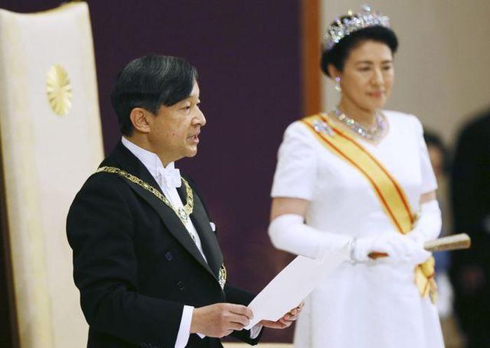 Người dân Nhật Bản kỳ vọng Nhật Hoàng Naruhito trong thời đại Lệnh Hòa sẽ giúp Nhật Bản khởi sắc (1/5/2019)