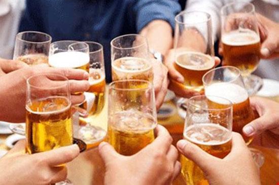 """Hệ lụy từ """"cường quốc rượu bia"""" (15/5/2019)"""