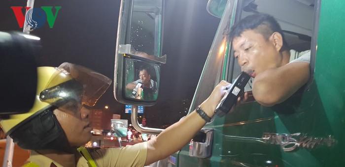 Cần chế tài mạnh với tài xế uống rượu bia ngay cả khi chưa gây tai nạn (8/5/2019)