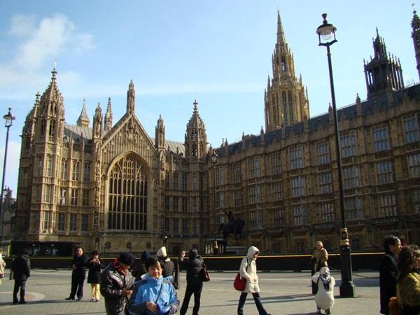 Những câu chuyện về âm nhạc, phương thuốc hàn gắn xung đột trong giới trẻ ở ngoại ô Luân Đôn của nước Anh (6/5/2019)