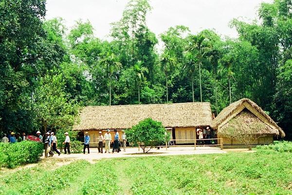 Vẻ đẹp miền quê của làng Hoàng Trù ở Nghệ An – cụm di tích lịch sử được nhiều du khách đến viếng thăm (17/5/2019)