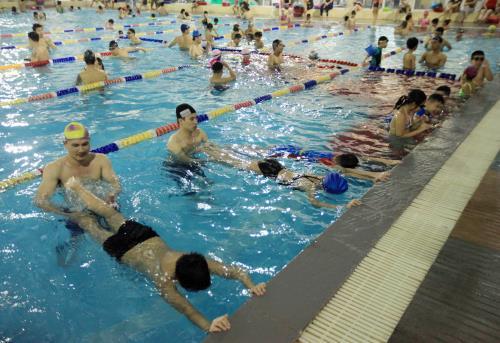 Sự cần thiết của trẻ khi học bơi và trang bị những kiến thức kỹ năng phòng chống đuối nước cũng như cách cứu đuối an toàn (11/6/2019)