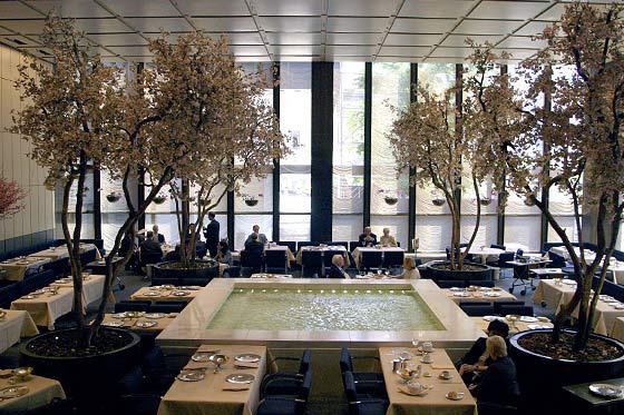 Nhà hàng Bốn Mùa ở New York và thực đơn nổi tiếng với tên gọi 'Bữa trưa quyền lực' có nguy cơ bị thất truyền (10/6/2019)