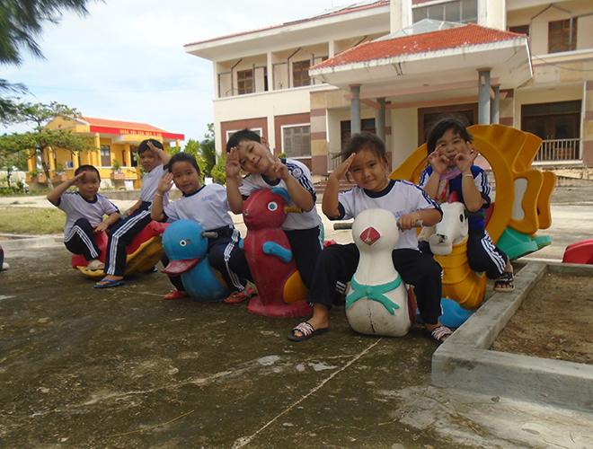 Ngày tết thiếu nhi của các em nhỏ ở đảo Song Tử Tây, huyện đảo Trường Sa, tỉnh Khánh Hòa (1/6/2019)