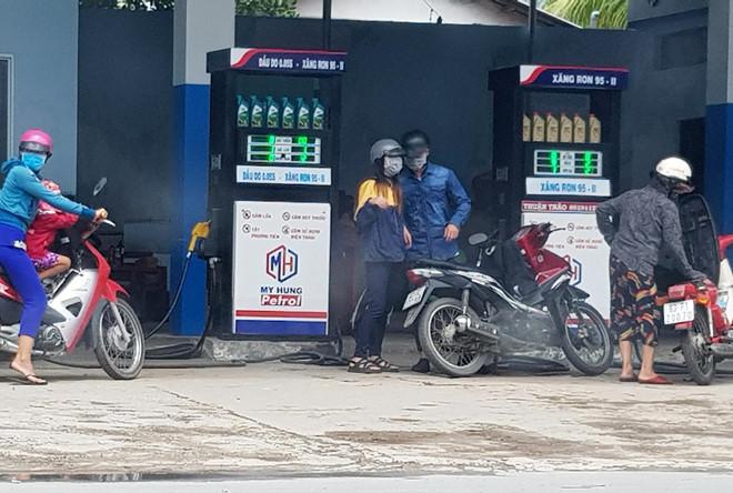 Quản lý thị trường sẽ xử lý nghiêm vi phạm trong kinh doanh xăng dầu (13/6/2019)