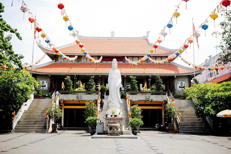 Thăm ngôi chùa có tượng Phật Bà lớn nhất đồng bằng sông Cửu Long (14/6/2019)