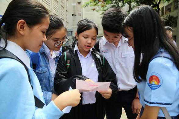 Thành phố Hồ Chí Minh vào mùa cao điểm ôn thi Trung học phổ thông quốc gia 2019 (7/6/2019)