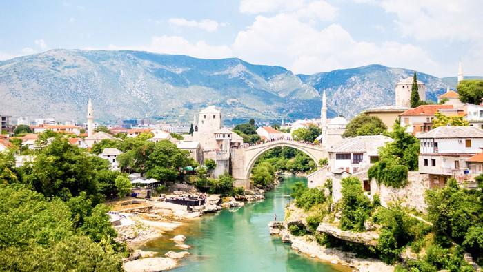 Người dân ở thành phố Sarajevo - Bosnia Herzegovina: Nỗ lực hồi sinh cuộc sống bằng âm nhạc (2/7/2019)