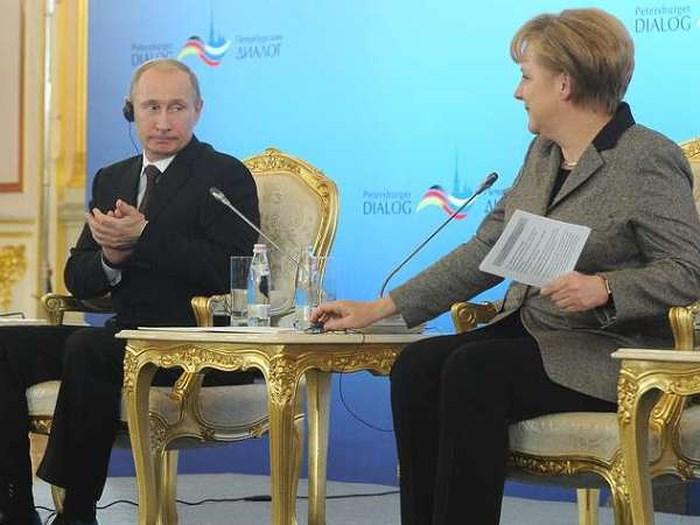 Diễn đàn Đối thoại Petersburg có giúp thúc đẩy quan hệ Nga – Phương Tây? (19/7/2019)