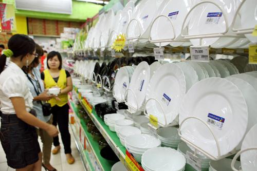 Gắn nhãn mác hàng hóa, sản phẩm: Trách nhiệm của nhà sản xuất và quyền lợi của người tiêu dùng (9/7/2019)