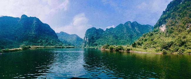 Khám phá khu du lịch sinh thái Tràng An – Bái Đính, tỉnh Ninh Bình (19/7/2019)