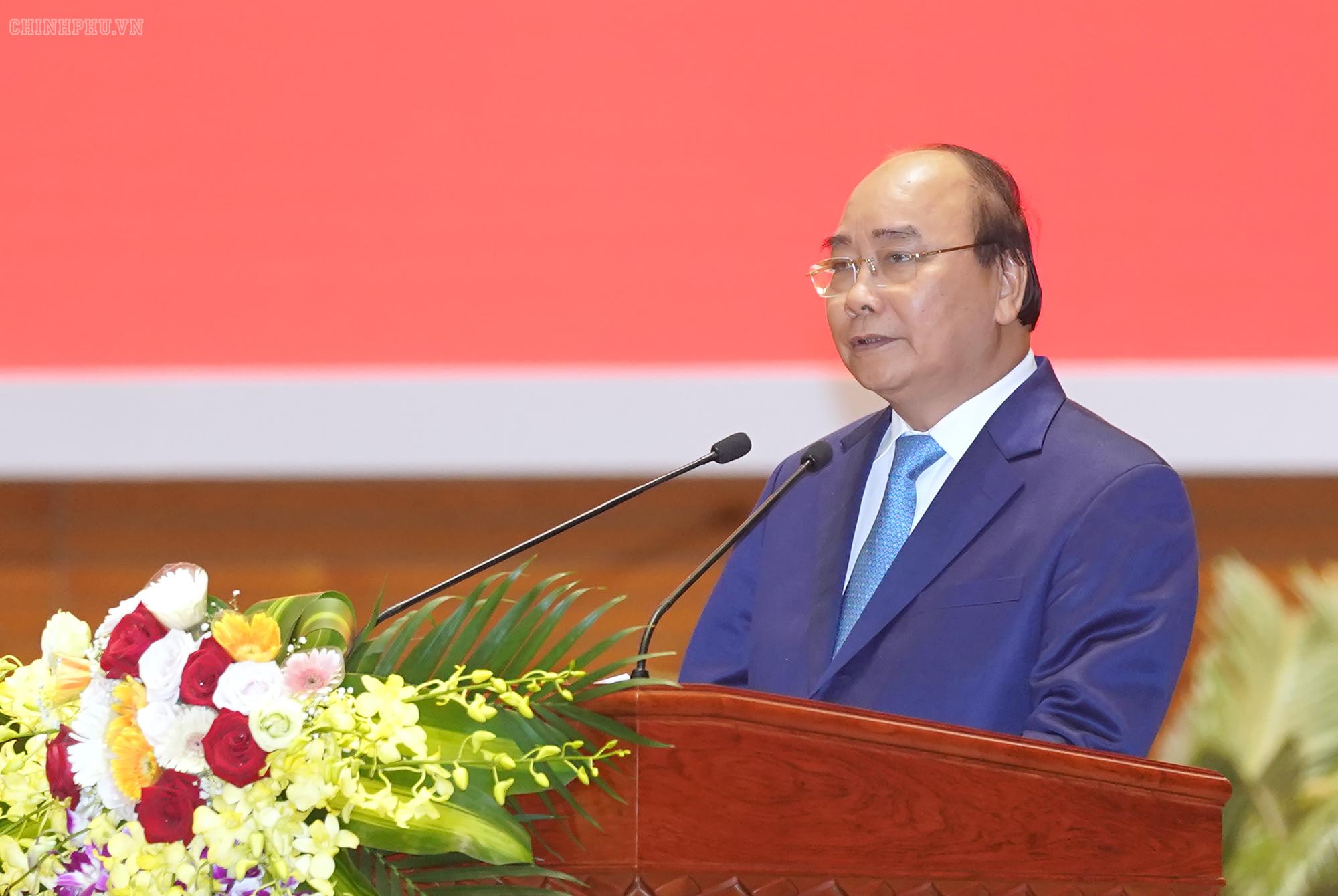 THỜI SỰ 12H TRƯA 8/7/2019: Thủ tướng Nguyễn Xuân Phúc dự Hội nghị Quân chính toàn quân 6 tháng đầu năm nay.